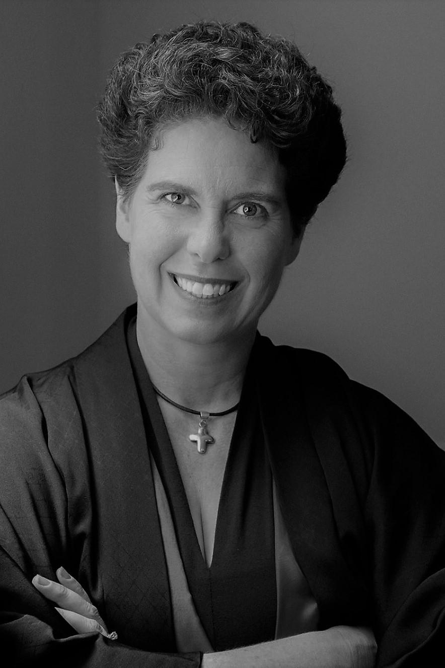 Renshi Lisa Magiera